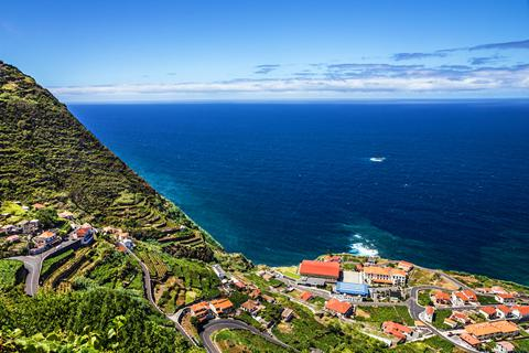 zonvakantie-madeira-fly-a-drive-madeira-sea-a-forest-views-vertrek-29-juni-2021(659)